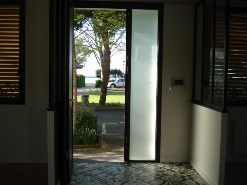 Deluxe sale apartment La rochelle 629 000€ - Picture 1