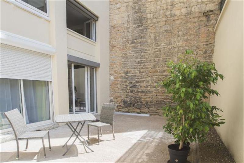 Sale apartment Lyon 6ème 260000€ - Picture 1