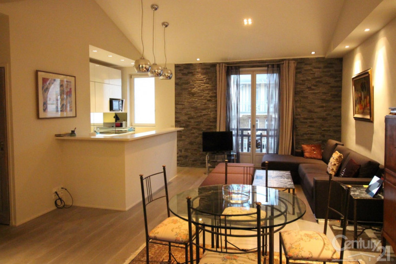 Sale apartment Deauville 398 000€ - Picture 2