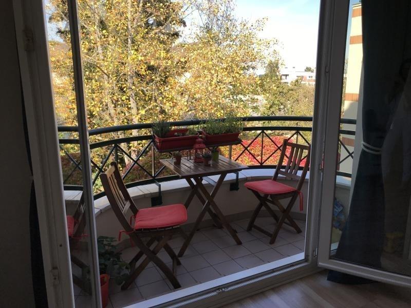 Location appartement Les clayes sous bois 710€ CC - Photo 1