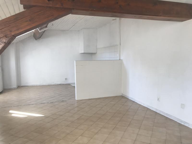 Vente appartement Oyonnax 65000€ - Photo 2