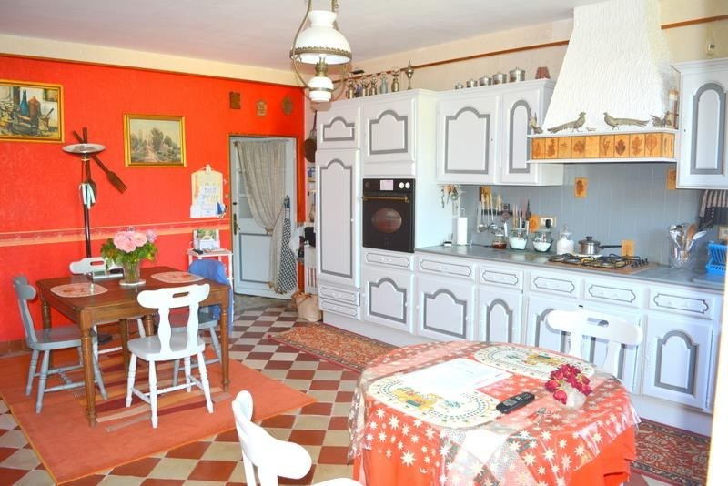 Vente maison / villa Menesplet 317 000€ - Photo 4