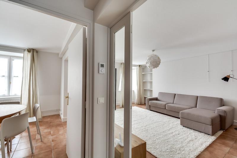 Rental apartment Paris 10ème 3750€ CC - Picture 3