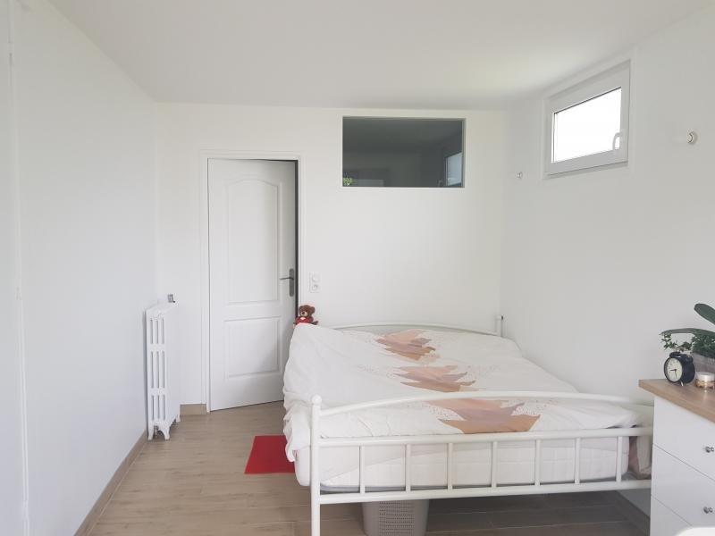 Sale house / villa Montfort l amaury 472000€ - Picture 5