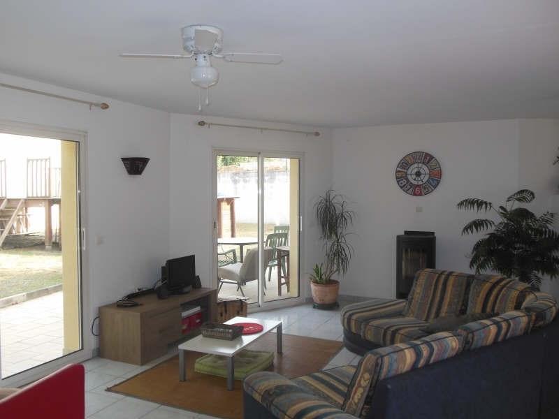 Sale house / villa Vouille 249900€ - Picture 3