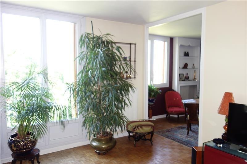 Sale apartment Versailles 325000€ - Picture 2