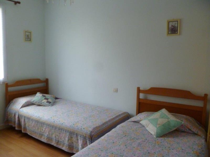 Vente maison / villa Le chateau d'oleron 230800€ - Photo 6