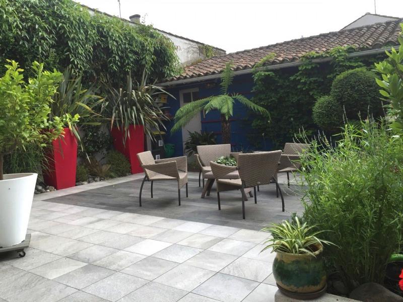 Deluxe sale house / villa Cognac 369250€ - Picture 2