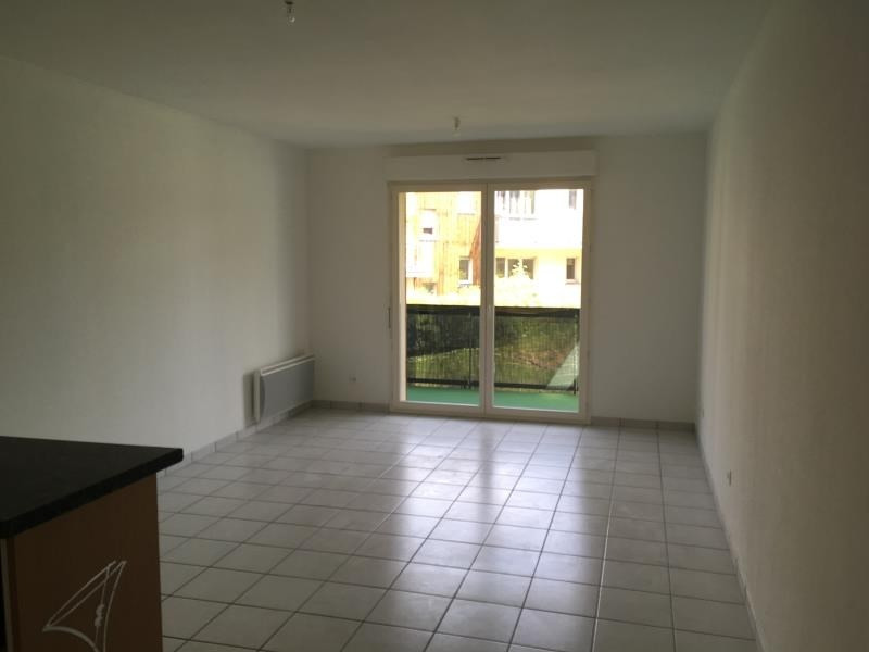 Rental apartment Vendome 590€ CC - Picture 2