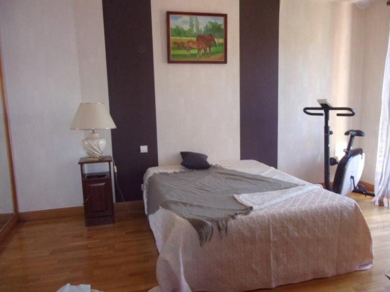 Sale house / villa Combourg 246100€ - Picture 6