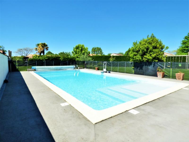 Deluxe sale house / villa Izon 650000€ - Picture 8