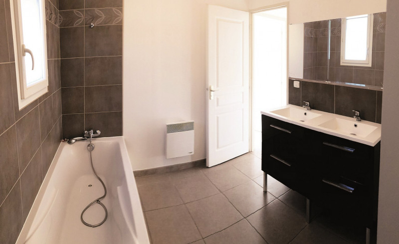 Vente maison / villa Signes 379600€ - Photo 3