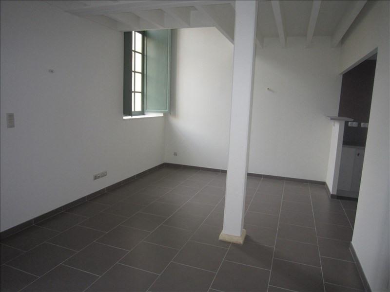 Rental apartment St cyprien 409€ CC - Picture 1