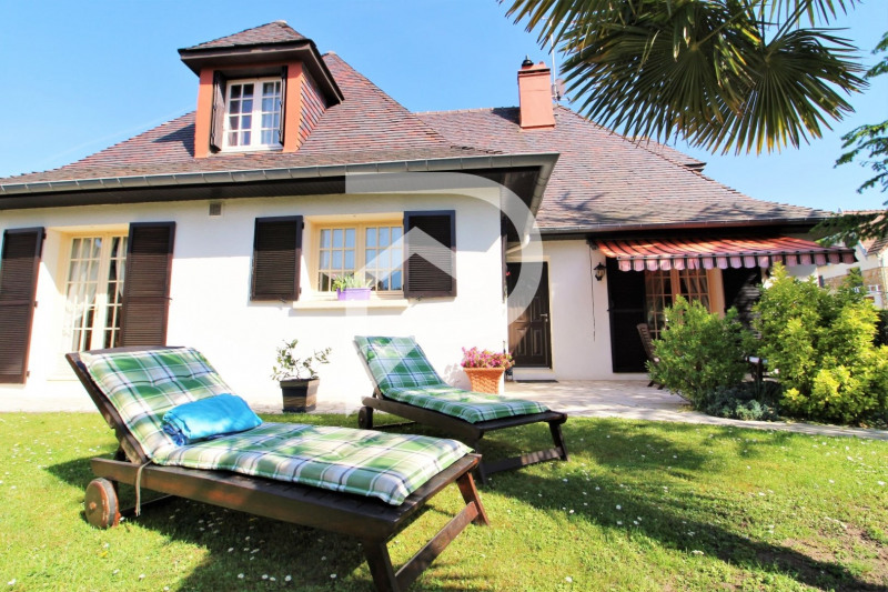 Sale house / villa Eaubonne 799 000€ - Picture 1