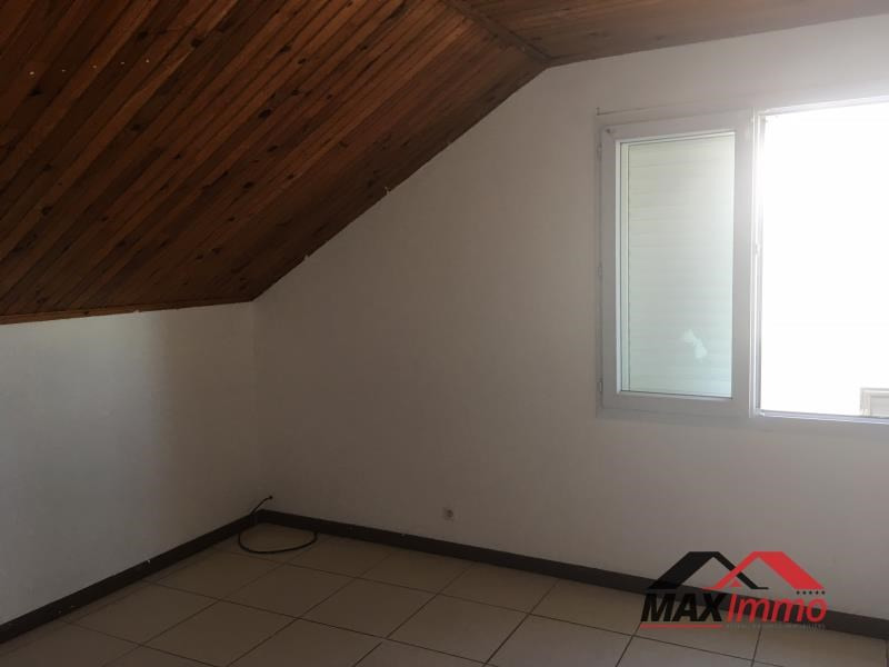 Location maison / villa Le tampon 1 100€ CC - Photo 5