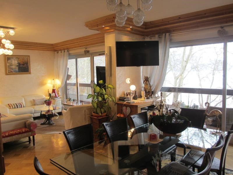 Deluxe sale apartment Annecy 1 150 000€ - Picture 3