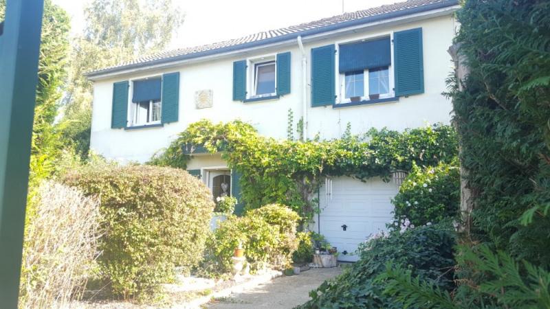 Sale house / villa Beauvais 197000€ - Picture 1