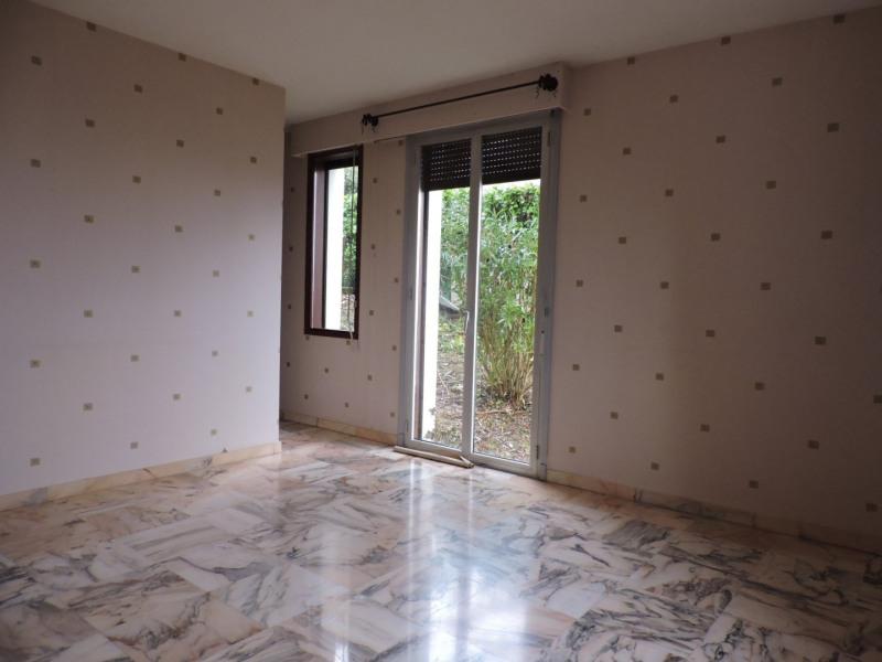 Rental house / villa Bon encontre 1050€ +CH - Picture 8