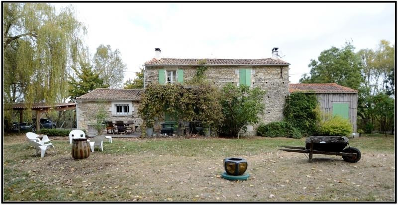 Sale house / villa Taugon 225 000€ - Picture 1