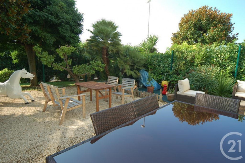 Sale apartment Antibes 267 000€ - Picture 1