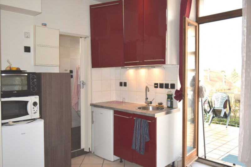 Sale apartment Cran gevrier 138 000€ - Picture 3