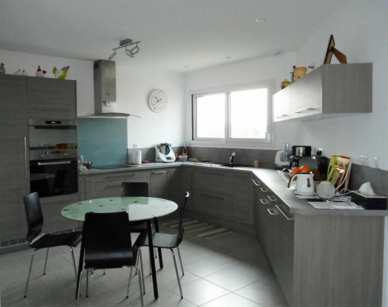 Rental house / villa Craon 760€ CC - Picture 3