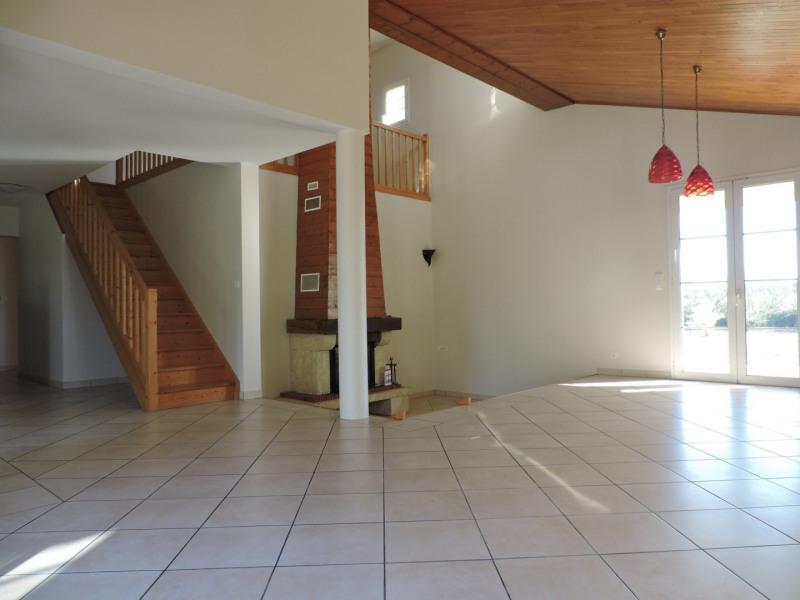 Alquiler  casa Le passage 700€ +CH - Fotografía 2