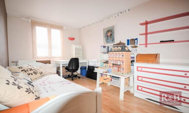 Sale house / villa Plaisir 305000€ - Picture 7