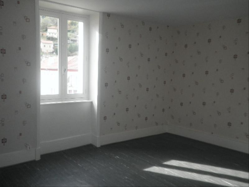 Location appartement Tarare 320€ CC - Photo 3