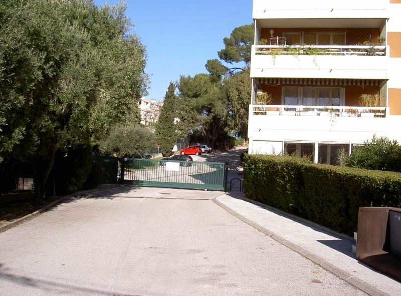Location appartement Tamaris sur mer 445€ CC - Photo 1