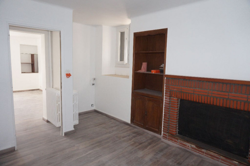 Location maison / villa Roullens 620€ CC - Photo 7