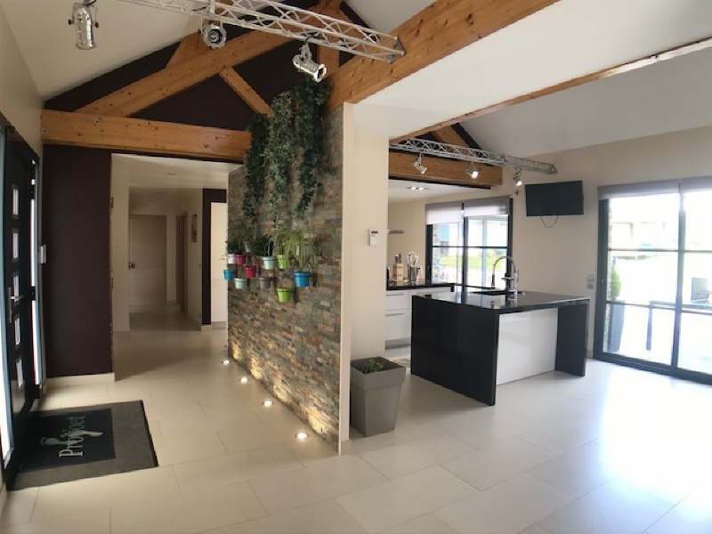 Deluxe sale house / villa Lesigny 980000€ - Picture 5