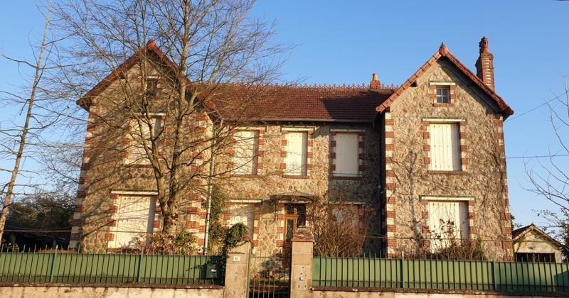 Sale house / villa Mansigne 154500€ - Picture 2