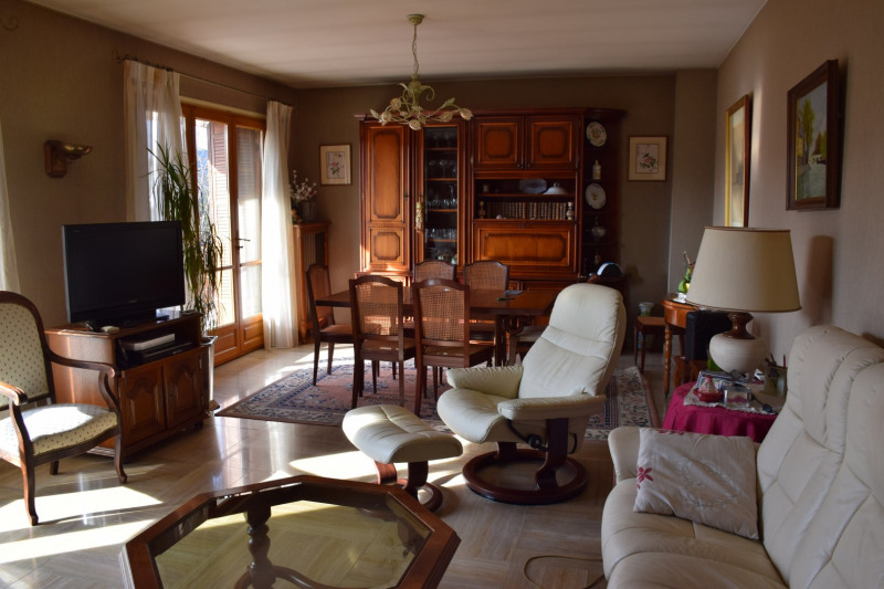 Sale house / villa Bourg-en-bresse 225 000€ - Picture 5