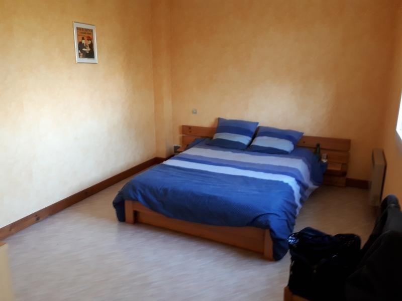 Sale house / villa La chapelle du genet 95900€ - Picture 3