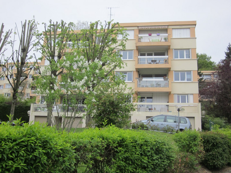 Sale apartment Igny 300 000€ - Picture 2