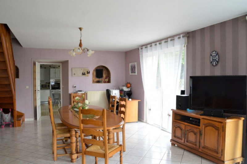 Sale house / villa Renaze 193880€ - Picture 2