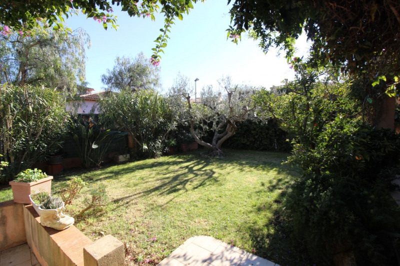 Vente maison / villa Hyeres 420 000€ - Photo 2