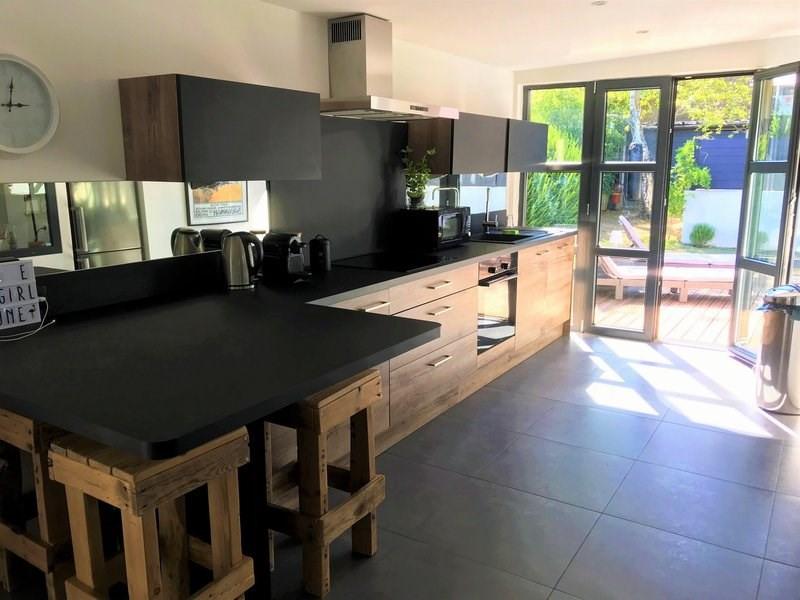 Deluxe sale house / villa Tassin la demi lune 559000€ - Picture 1