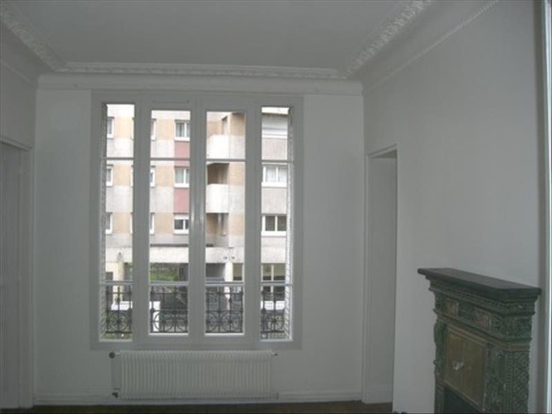 Verhuren  appartement Paris 11ème 1573€ CC - Foto 2
