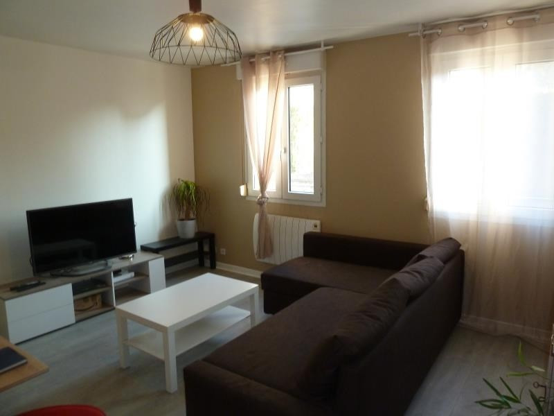 Rental apartment Triel sur seine 695€ CC - Picture 3