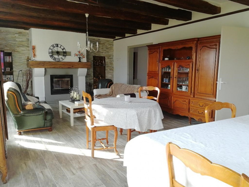 Sale house / villa Mettray 398 500€ - Picture 2