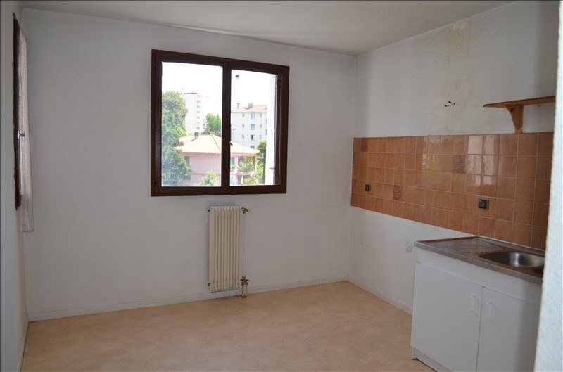 Sale apartment Billere 118200€ - Picture 2