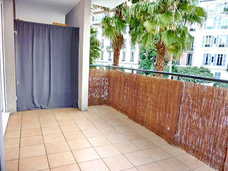 Sale apartment Nice 215 000€ - Picture 2