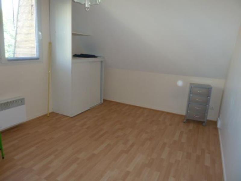 Rental apartment Pau 320€ CC - Picture 1