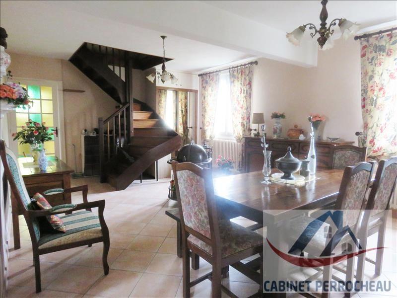 Sale house / villa Saint calais 142135€ - Picture 3