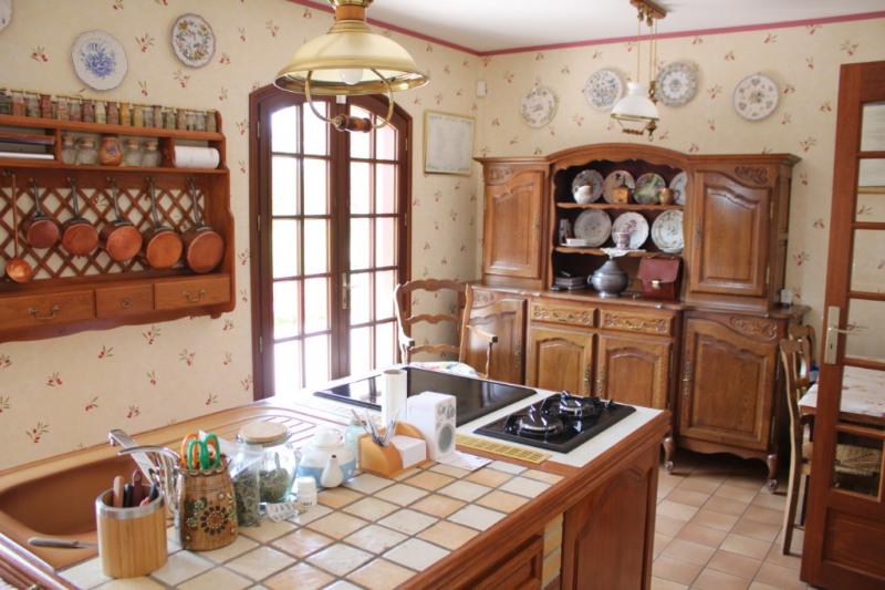 Vente maison / villa Maintenon 325500€ - Photo 4