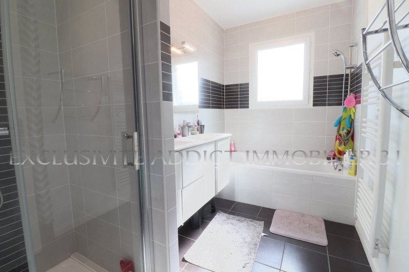 Vente maison / villa Castelginest 357000€ - Photo 8
