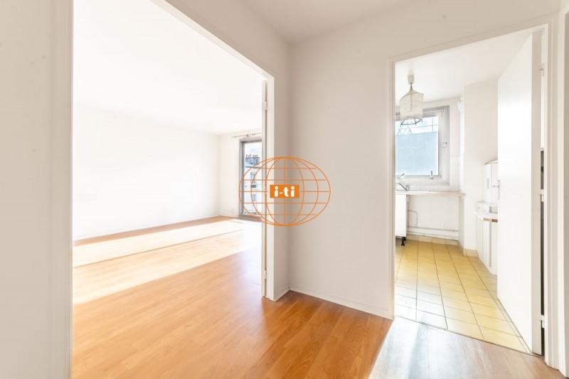 Sale apartment Paris 20ème 567000€ - Picture 2