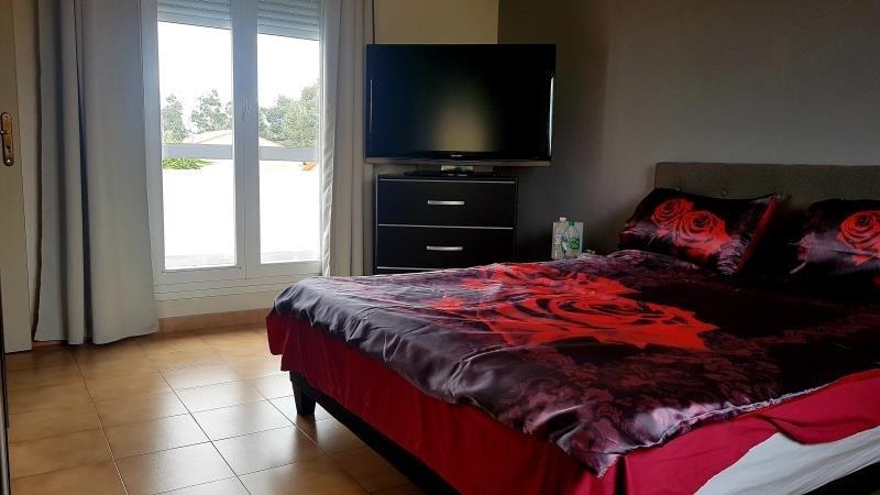 Sale house / villa St esteve 242000€ - Picture 5